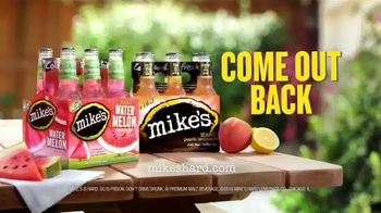 Mike's Hard Lemonade TV Spot, 'The Yard is Open - Come Out Back!' - Thumbnail 7