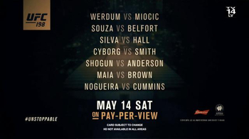 Time Warner Cable Pay-Per-View TV Spot, 'UFC 198: Werdum vs. Miocic' - Thumbnail 7