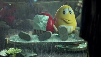 M&M's TV Spot, 'X-Men: Apocalypse: Rainy Day' Featuring Alexandra Shipp - Thumbnail 8