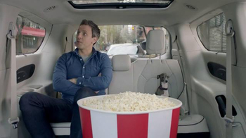 2017 Chrysler Pacifica TV Spot, 'Theater Style' Featuring Seth Meyers - Thumbnail 4