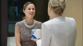 Cottonelle Clean Care TV Spot, 'Happy Bum' Featuring Cherry Healey - Thumbnail 2