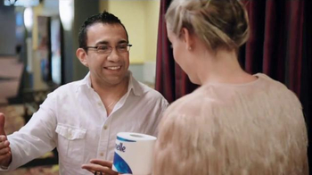 Cottonelle Clean Care TV Spot, 'Happy Bum' Featuring Cherry Healey - Thumbnail 5