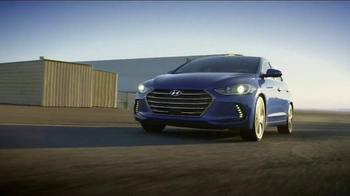2017 Hyundai Elantra TV Spot, 'THIS' Song by Rjd2 - Thumbnail 9
