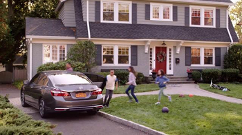 2016 Honda Accord TV Spot, 'Ice Cream Truck'
