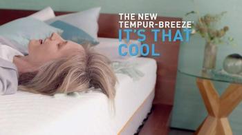 Tempur-Pedic TEMPUR-Breeze TV Spot, 'It's a Breeze' - Thumbnail 6