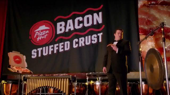 Pizza Hut Bacon Stuffed Crust TV Spot, 'Drum Roll' Feat. Bobby Moynihan - Thumbnail 8