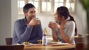 Coffee-Mate Natural Bliss Coconut Milk Creamer TV Spot, 'Cremoso' [Spanish] - Thumbnail 5