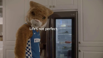 LG InstaView Door-in-Door Refrigerators TV Spot, 'Mascots Knock' - Thumbnail 6