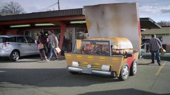 Febreze Car Vent Clip TV Spot, 'Automóvil de hamburguesa' [Spanish] - Thumbnail 3