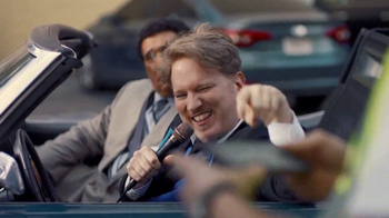 AT&T Unlimited Plus TV Spot, 'Parking Booth' Ft. Greg Gumbel, Dan Finnerty - Thumbnail 3