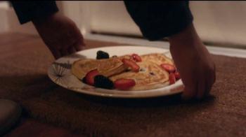 HomeGoods TV Spot, 'Pancake Sundays' Song by Johnny Nash - Thumbnail 5
