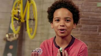 BeyBlade Burst Epic Rivals Battle Set TV Spot, 'Disney XD: New Battle' - Thumbnail 3