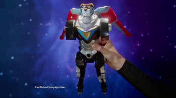 Voltron Legendary Defender TV Spot, 'Power of Five' - Thumbnail 4