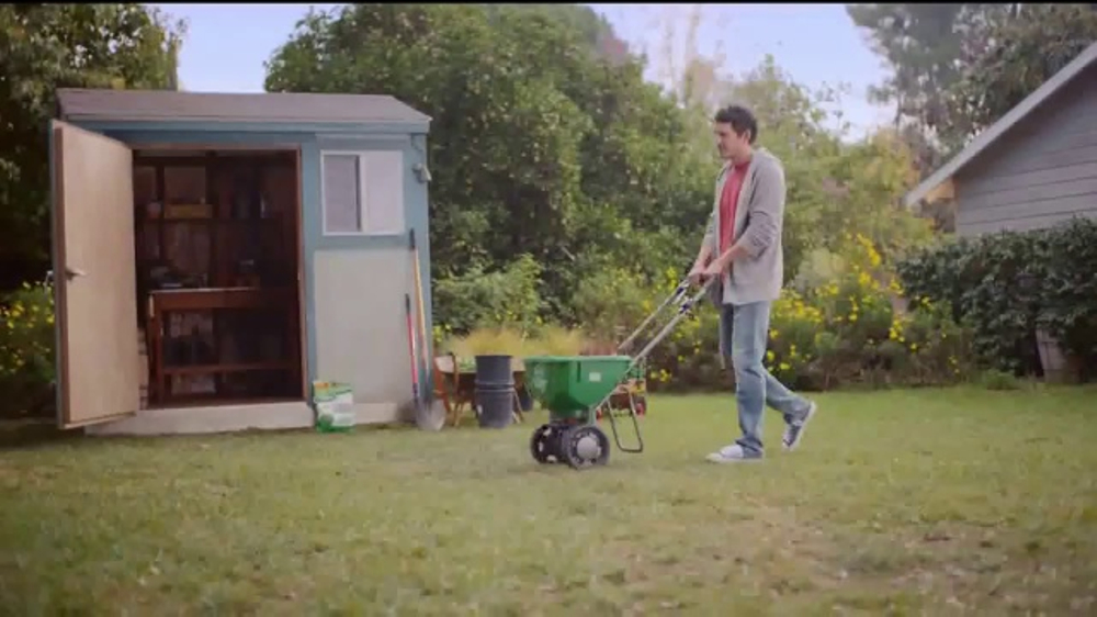 Scotts Turf Builder Lawn Food TV Commercial, 'Get a Scotts Yard Like Pete'