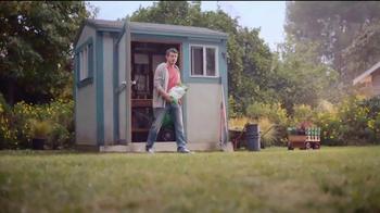 Scotts Turf Builder Lawn Food TV Spot, 'Get a Scotts Yard Like Pete' - Thumbnail 3