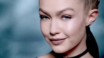 Maybelline New York Master Camo TV Spot, 'Perfect Canvas' Feat. Gigi Hadid - Thumbnail 8