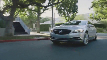 Buick TV Spot, 'Philly' Song by Matt and Kim [T1] - Thumbnail 5