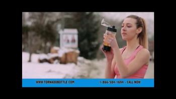 Tornado Bottle TV Spot, 'Quick & Easy' - Thumbnail 8