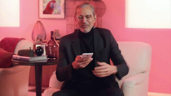 Apartments.com TV Spot, 'Empty Nesters' Featuring Jeff Goldblum - Thumbnail 5