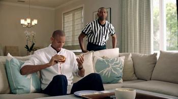 Amazon Echo TV Spot, 'Reggie Comes Clean' Featuring Reggie Miller - Thumbnail 4