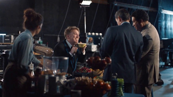 DIRECTV TV Spot, 'On Air Feature: Snack' Feat. Dan Finnerty - Thumbnail 6