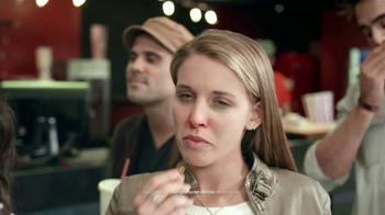 Next Cold & Flu TV Spot, 'Cine' [Spanish] - Thumbnail 5