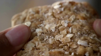 Quaker Breakfast Squares TV Spot, 'Delicious Ingredients' - Thumbnail 2