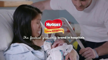 Huggies Little Snugglers TV Spot, 'Hospital Hugs' - Thumbnail 10