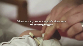 Huggies Little Snugglers TV Spot, 'Hospital Hugs' - Thumbnail 9