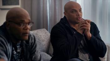 Capital One TV Spot, 'Clapper' Ft. Samuel L. Jackson, Charles Barkley - Thumbnail 2
