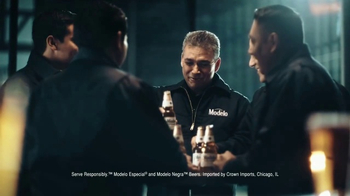 Modelo TV Spot, 'The Fight for Better Beer With Brewmaster Jorge Burgos' - Thumbnail 8