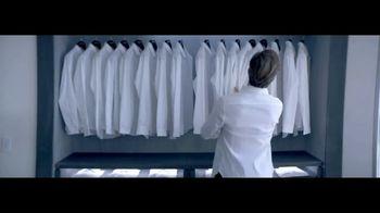 Giorgio Armani Code Colonia TV Spot, 'Camisas' con Chris Pine [Spanish] - 652 commercial airings