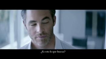 Giorgio Armani Code Colonia TV Spot, 'Camisas' con Chris Pine [Spanish] - Thumbnail 5