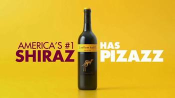 Yellow Tail Shiraz & Pinot Grigio TV Spot, 'Pizazz' - Thumbnail 5