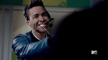 Orbit TV Spot '2015 MTV VMAs: Confident Smile' Featuring Prince Royce - Thumbnail 6