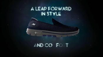 SKECHERS Go Walk 3 TV Spot, 'Future of Footwear' - Thumbnail 7
