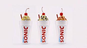 Sonic Drive-In Lil' Doggies y Ice Cream Cake TV Spot, 'Antojitos' [Spanish] - Thumbnail 7