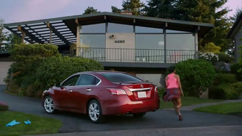 Nissan Altima TV Spot, 'Weekend Contest' Ft. Desmond Howard, Song by Deorro - Thumbnail 3