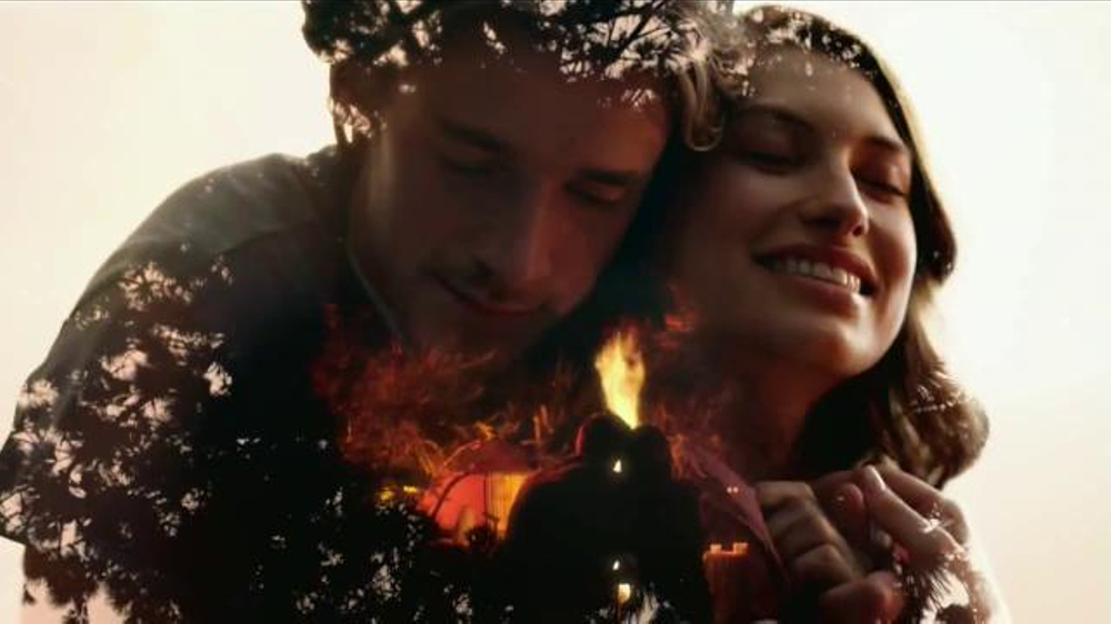 Glade Candles TV Commercial, 'Siente calidez'