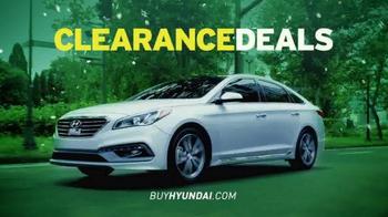 Hyundai Summer Clearance Event TV Spot, 'Deals: Extended' - Thumbnail 3