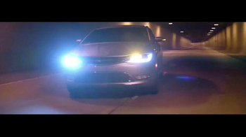 2015 Chrysler 200 TV Spot, 'German Performance: Worthy of the Autobahn' - Thumbnail 1