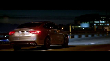 2015 Chrysler 200 TV Spot, 'German Performance: Worthy of the Autobahn' - Thumbnail 3