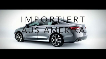 2015 Chrysler 200 TV Spot, 'German Performance: Worthy of the Autobahn' - Thumbnail 7