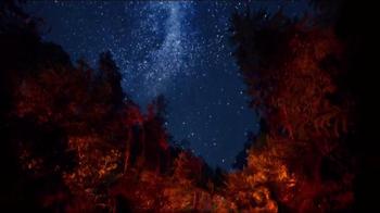 Glade Apple Cinnamon TV Spot, 'Feel Warm Inside' Song by Nina Simone - Thumbnail 6