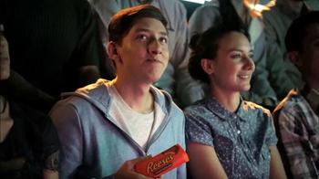Reese's TV Spot, 'Los luchadores más payasos' [Spanish] - Thumbnail 3