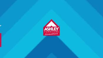 Ashley Furniture Homestore Labor Day Mattress Savings TV Spot, 'Year 2023' - Thumbnail 2
