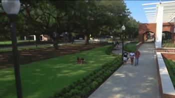 University of Louisiana - Lafayette TV Spot, 'All The Ways To Fall In Love' - Thumbnail 4