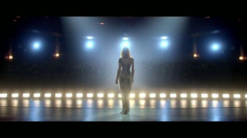 Giorgio Armani Sì TV Spot, 'Di sí' Featuring Cate Blanchett [Spanish] - Thumbnail 2