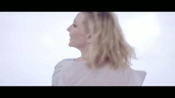 Giorgio Armani Sì TV Spot, 'Di sí' Featuring Cate Blanchett [Spanish] - Thumbnail 9