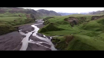 American Express TV Spot, 'Touring Iceland With Photographer Pei Ketron' - Thumbnail 3